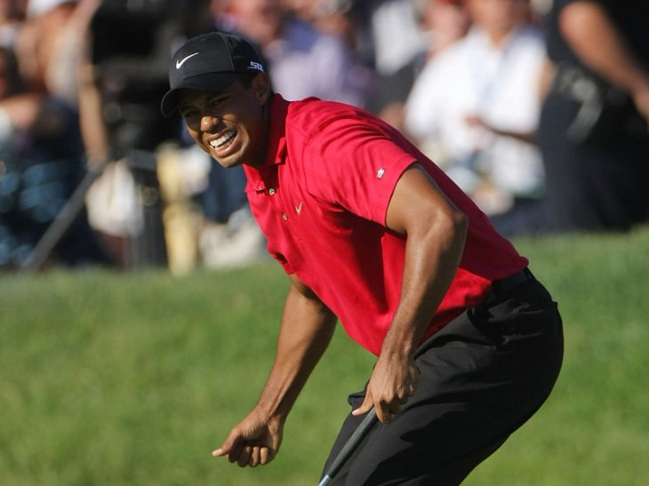 tiger-woods-holes-putt-72nd-hole-us-open_9531191